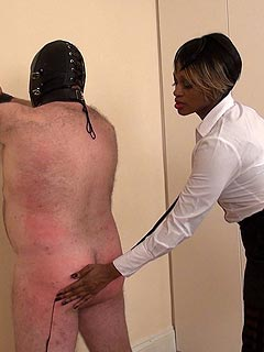 Ebony MILF is handling white sissy slave: whipping his back and grabbing ass