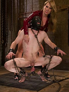 Havy chains are there to make male slave suffer. Harmony Rose knows the smart ways of taking slaves to their very limits!