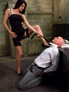 Punishment spanking first time licking pussy