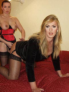 One-hundred persent feminized slave is taking it into his ass doggy style