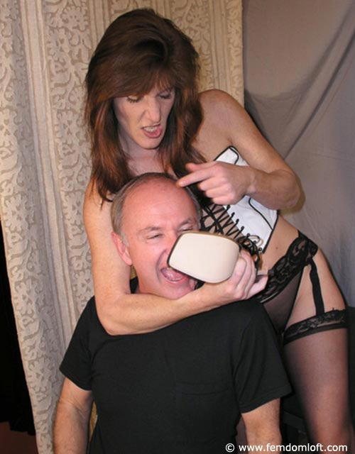 Mistress pussy slave foot worship and femdom